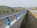碳素钢复合管三杆防撞栏杆